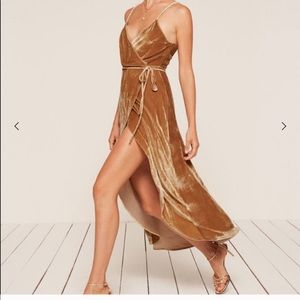 Anoush dress - gold velvet reformation